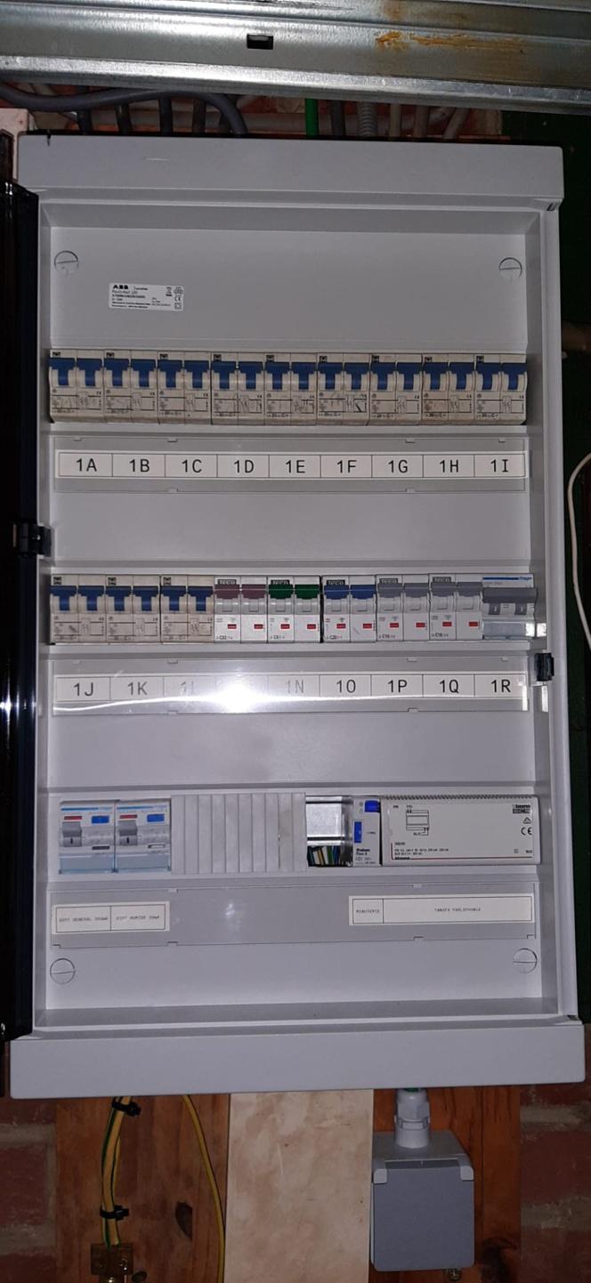 Electriciens pour tout problème d'electricité, d'installations electriques ou conformité electrique