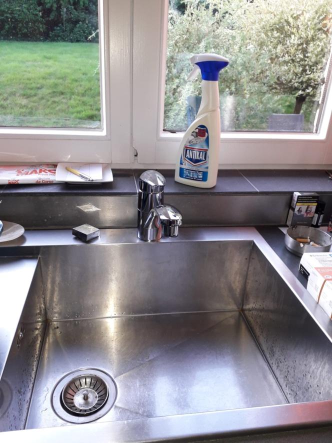 Petits travaux et réparation de plomberie : chasse d'eau, syphon, douche, toilette, flexible, lavabos, robinets, et autres